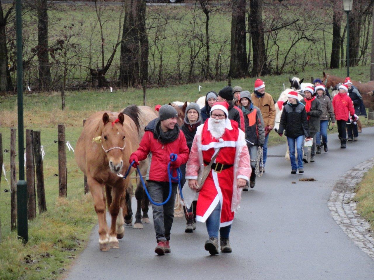 2019-12-24_Weihnachtsspaziergang.jpg