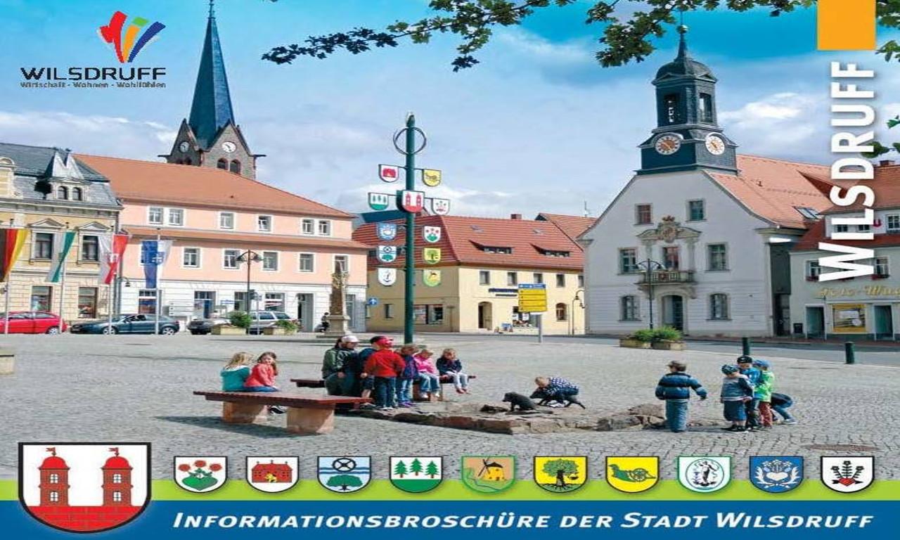 Infobroschüre_2019_S.1.jpg